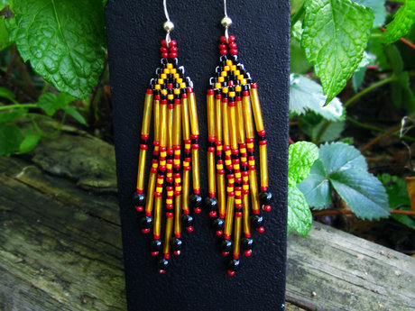 Seed Beaded Earrings w Black Onyx