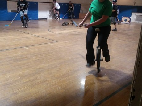 One hour unicycle lesson