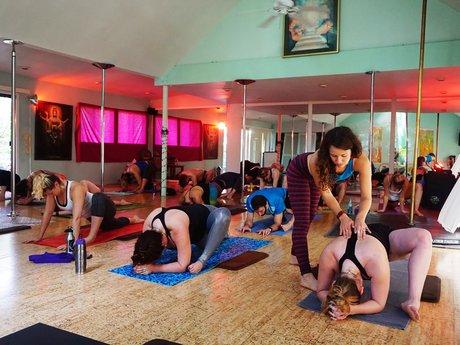 Private yoga & sound bath session