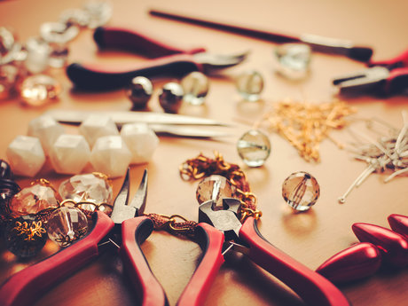 Do-it-yourself tips and creations