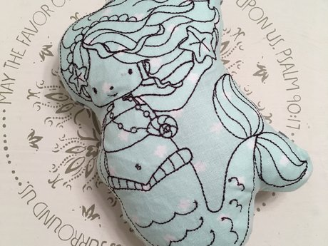 sweet mermaid rattle
