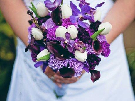 Wedding floral design assistance