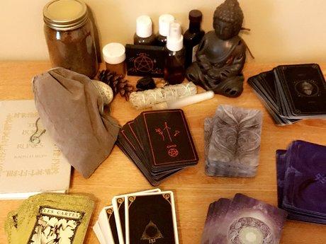Tarot Reading/Rune Pull