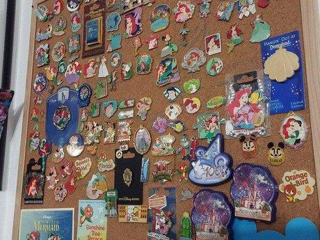 Disney Pin pricing