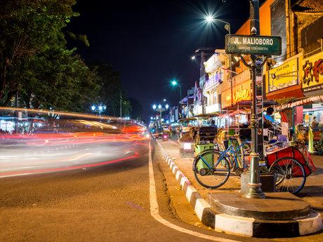 Tourist Guide on Jogjakarta City