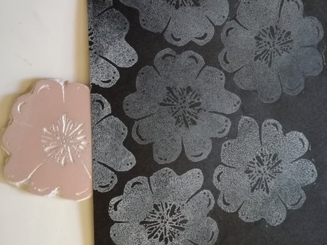 mini lino cut: flower
