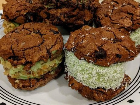 Recipe: Cookie Ice Cream Sandwiches