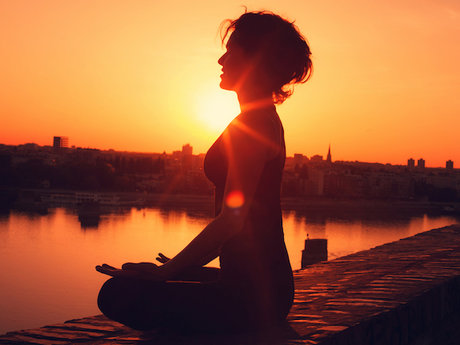 1 hour in home meditation session