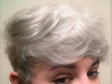 Bleach Your Hair to White