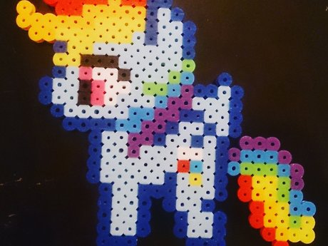 Rainbow Dash Magnet