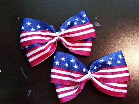 Flag bows