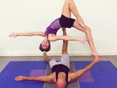 Intro Acroyoga