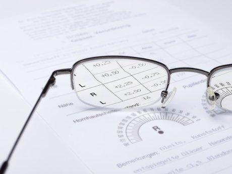 Eye Wear Consultaint (Licensed)