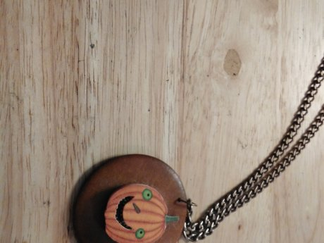 Small Pumpkin Necklace