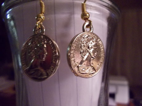 Gold tone coins