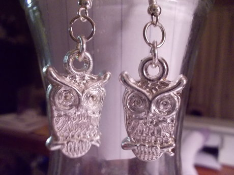 Silver tone owl earrings