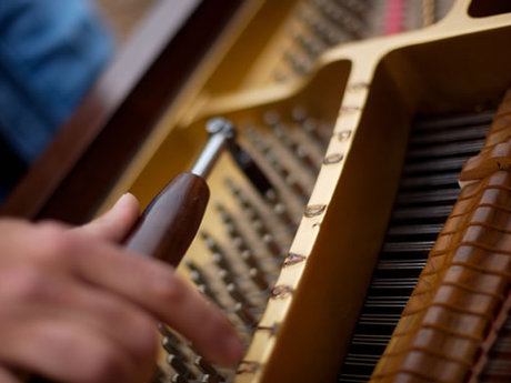 Piano tuning and repair, 1hr