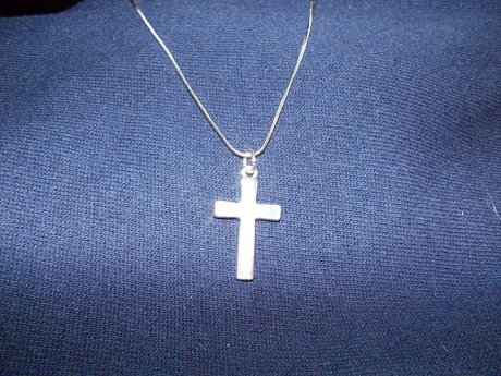 Small silver tone cross