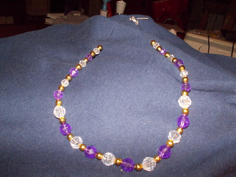 purple and clear choker