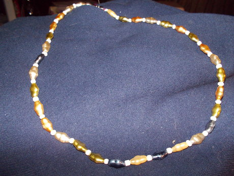 """pearl"" like bead necklace"