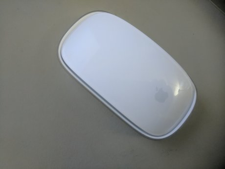 LIKE NEW APPLE MAGIC MOUSE