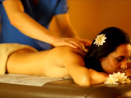 Relaxing 1 hour massage