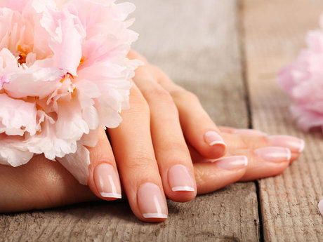 Manicure/pedicure or gel mani/pedi