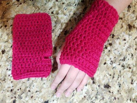 Magenta Fingerless Gloves
