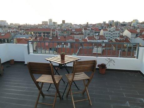 Hosting in Lisbon