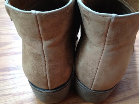 Boots - 6.5 - Gently Used