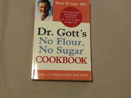 Dr Goss No Flour No Sugar Cookbook