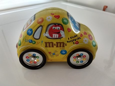 M&M collectible car tin