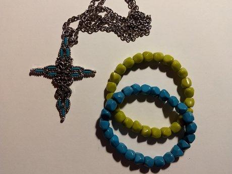 Crucifix necklace + 2 bracelets