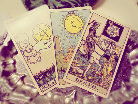 Practice tarot readings