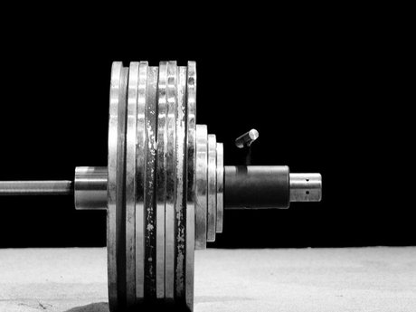 Powerlifting, strength training