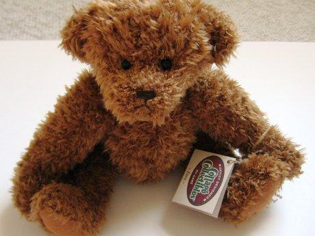 """Collectible posable bear """"Tara"""""""