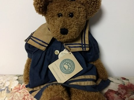 Collectible Boyd's Bear NWT