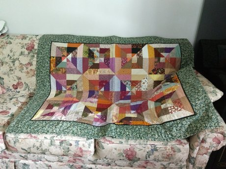 """Beautiful Quilt (Approx 40""""x50"""")"""