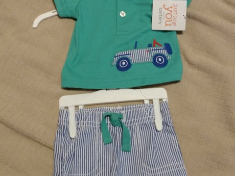 Newborn Carter's outfit 5 to 8 lb