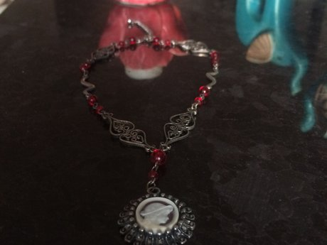 Grecian style, red/ metal necklace