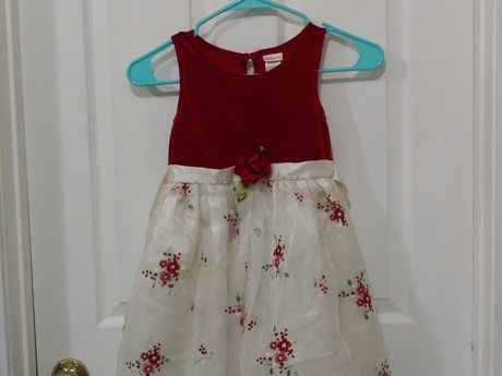 Youngland Size 6 party dress