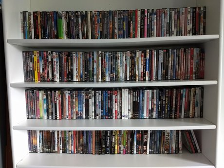 DVDs and Blue-rays - LOOK! 370!