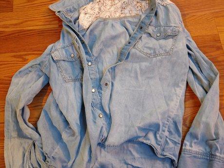 Large MUDD Shirt - Gently Used