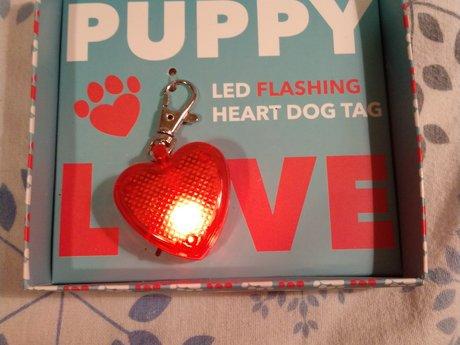Flashing dog heart tag
