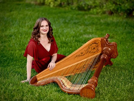 20-minute harp performance