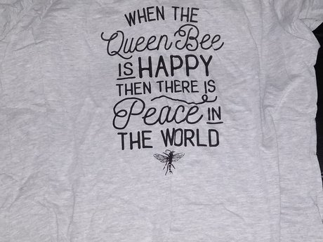 Queen Bee T-shirt - 18W/20W