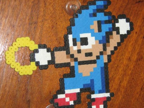 Sonic the hedgehog 8 bit perler