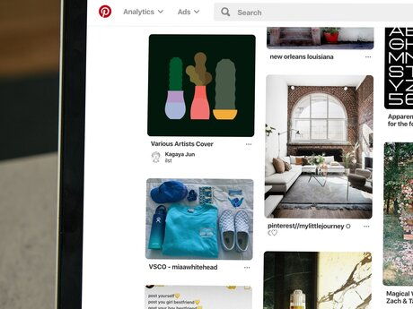 Add Pinterest image to blog post