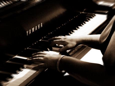 Piano, violin lessons