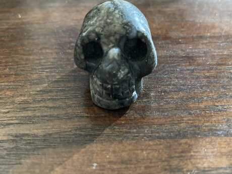 Ilanite skull crystal